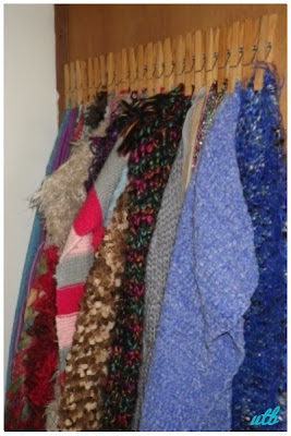 peg-scarf-organiser