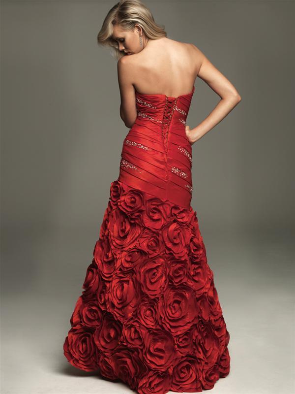 Vestido de Fiesta de 15 años color Rojo por Allure