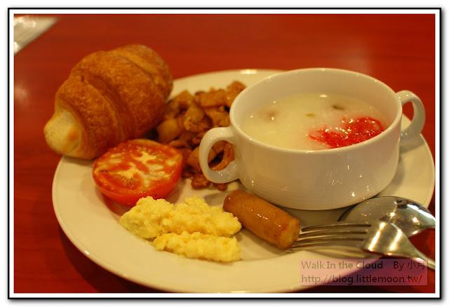 航海家餐廳早餐