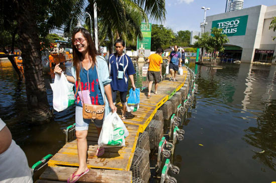 Enchente - www.publicitario13.com.br