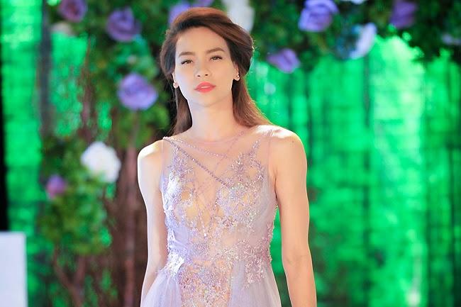 Trang phục biểu diễn gợi cảm nhất 2014 của sao Việt