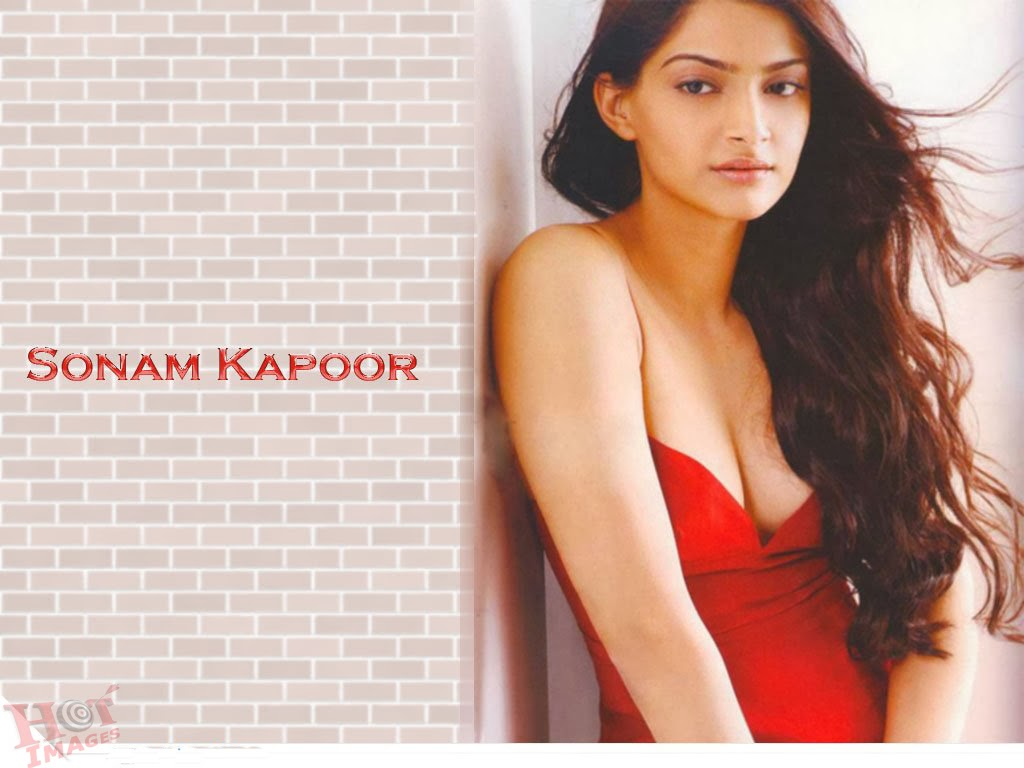 Sonam Kapoor wallappers in red