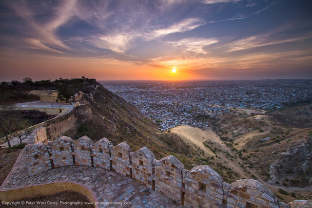 Sunset at Jaipur (Source)