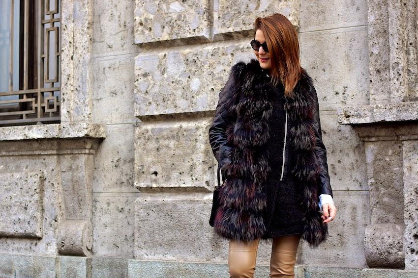 outfit invernale chic con gilet pelliccia di procione