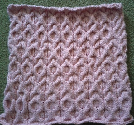 XOXO Hugs and Kisses Cable Baby Blanket - Free Pattern