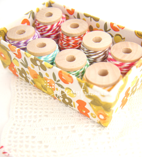 Bakers+Twine+on+Spools+In+A+Watch+Box+Covered+in+Vintage+wallpaper Vintage Wallpaper Storage Box Tutorial