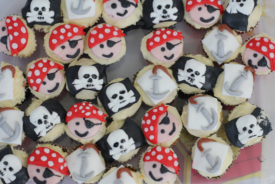 pirate-cupcakes