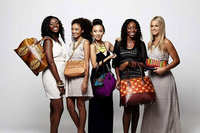 African print handbags See more on www.ciaafrique.com