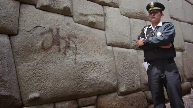 Cusco: Vándalos pintarrajearon la Piedra de los Doce Ángulos