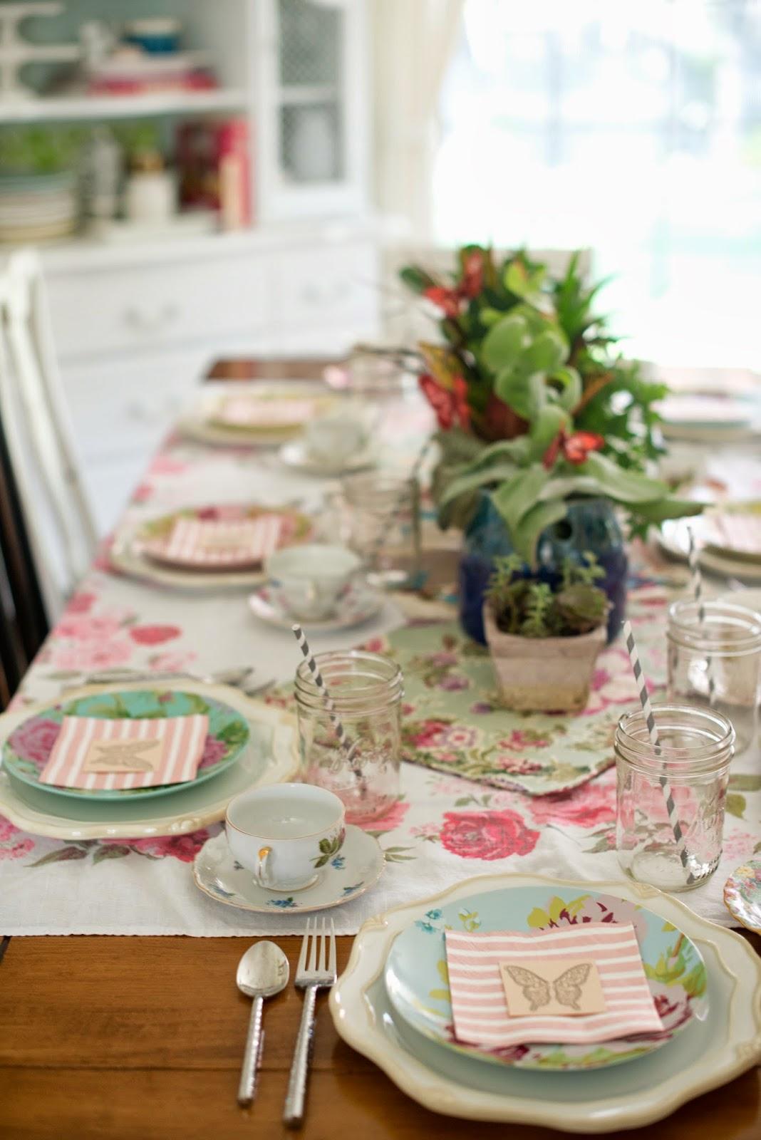 Domestic Fashionista: Fairy Garden Tea Party Tablescape