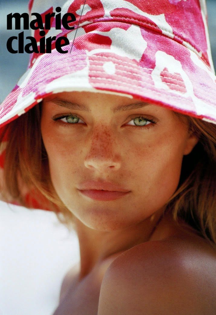 Jessica Lee Buchanan Nude Photos 27
