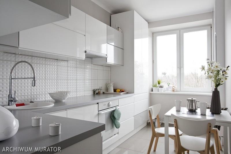 blog dla ludzi z wnętrzem ŚCIANA NAD BLATEM KUCHENNYM -> Biala Kuchnia A Kolor Ścian