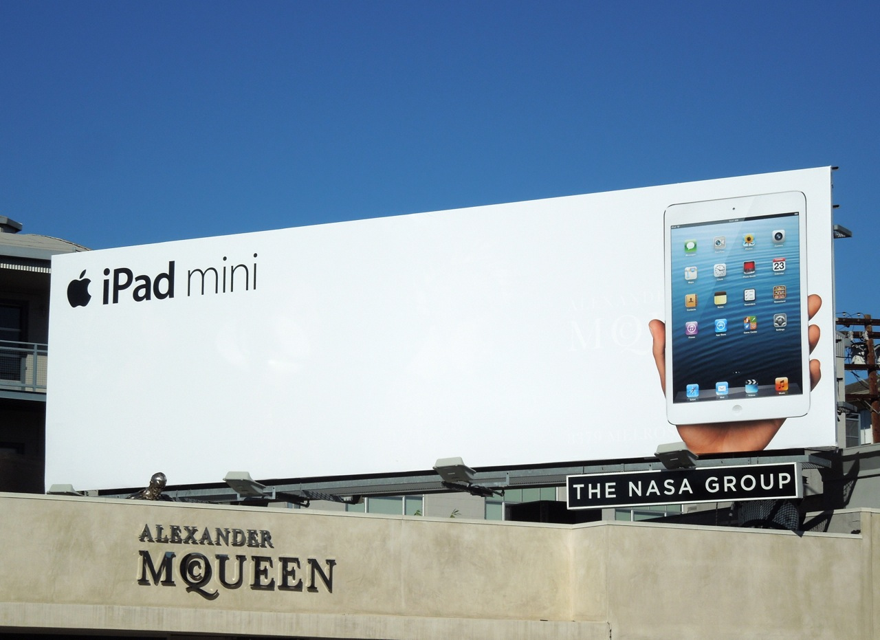 marketing and branding strategies for apple s ipad Here's a whirlwind graphical tour of how apple successfully applied transcreation to modify its branding and messaging across several countries and languages for its ipod shuffle campaign.