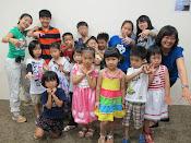 Children Bilingual Song & Dance - Jesus Loves The Little Children 耶稣喜爱世上小孩