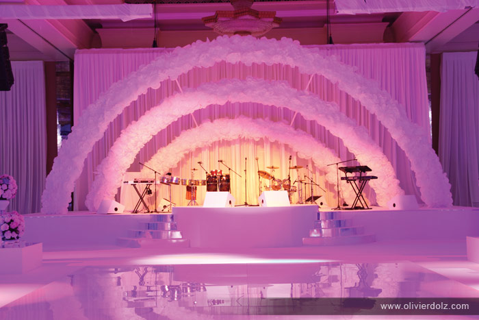 Olivier dolz white wonderland wedding the white connection for Arabic stage decoration