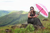Ester Noronha latest photos-thumbnail-8