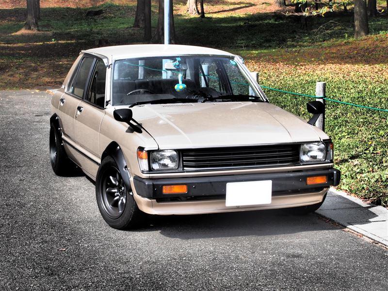 Toyota Tercel AL11, nieznane auta, klasyczny design, stare samochody, zdjęcia