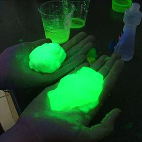 glow in the dark science fair projects