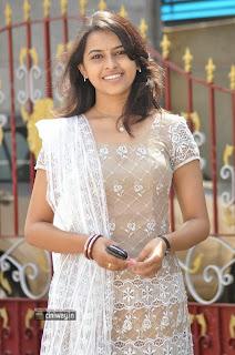 Nagarapuram-Heroine-Sri-Divya-Stills