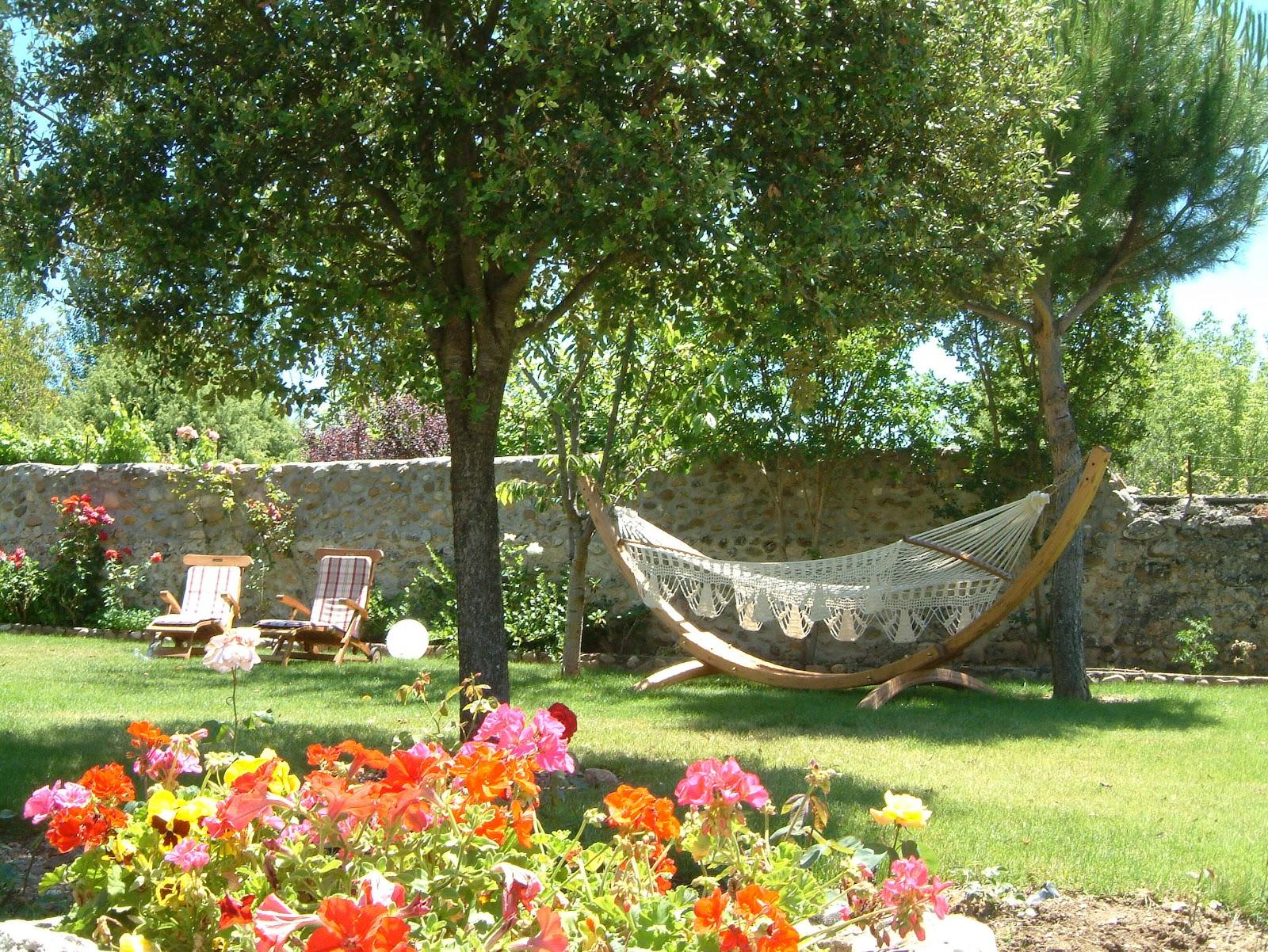 Hotel r do a sancha oferta noche alojamiento hasta 50 - Oferta tumbonas jardin ...
