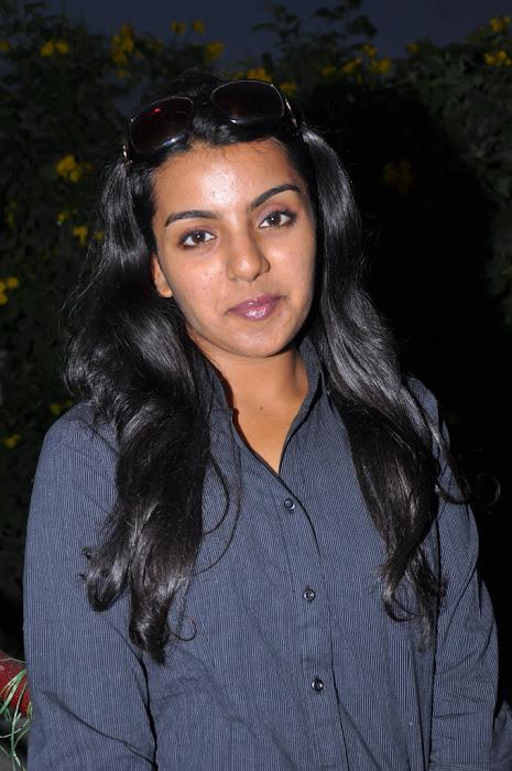 divya nagesh from , divya new unseen pics
