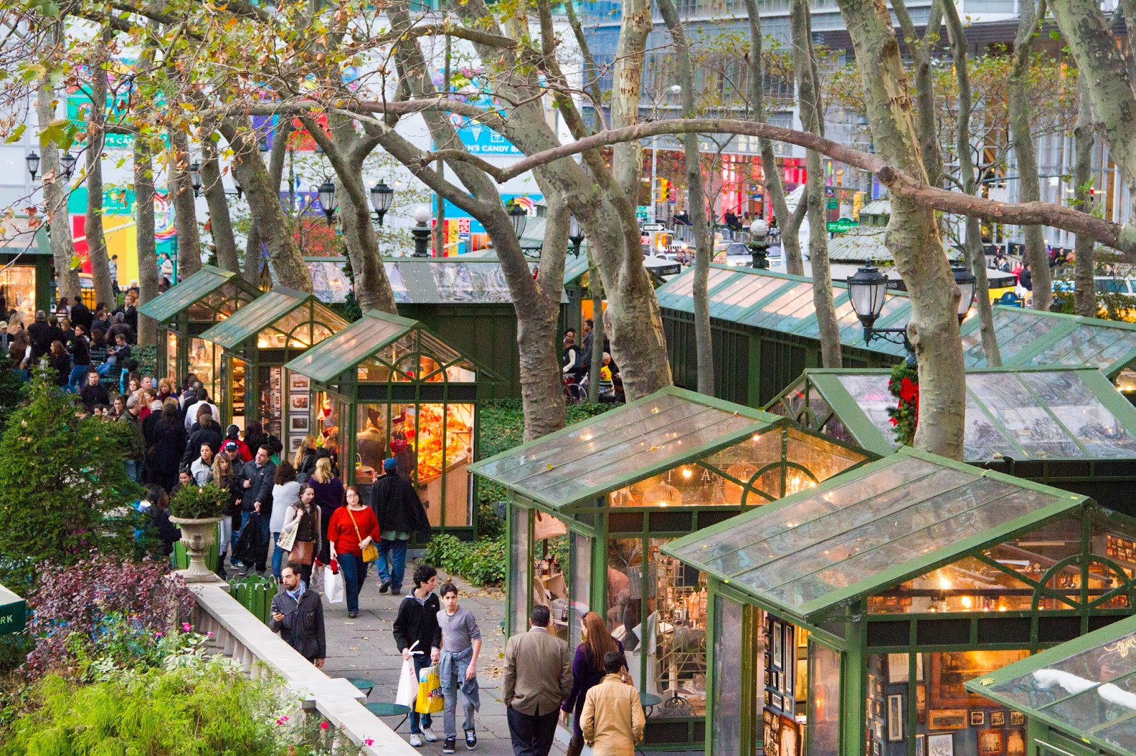 Bryant park blog round out 2015 in bryant park for The christmas store