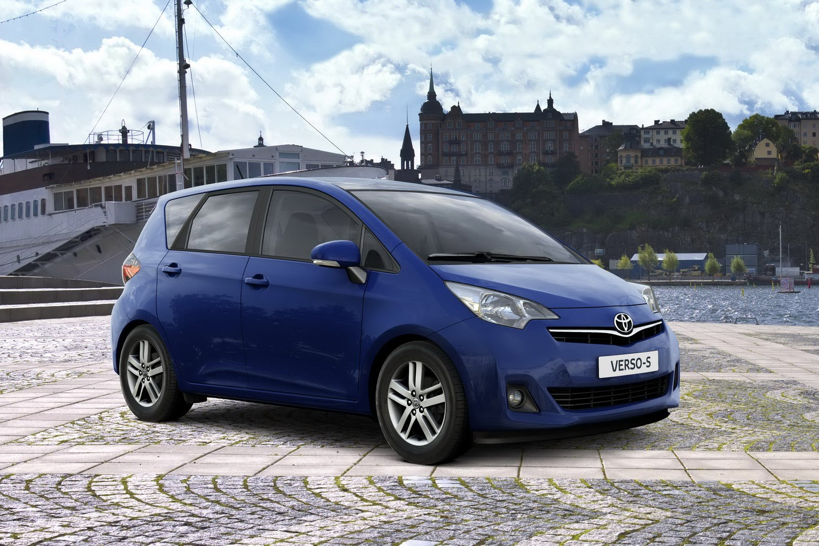 new toyota verso s small mpv car search engines. Black Bedroom Furniture Sets. Home Design Ideas