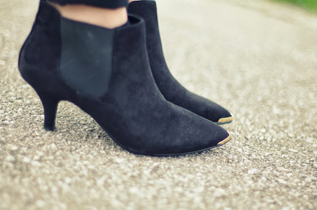 asos armour boots, pointy heels, topshop lookalikes, chelsea pointy heels, fashion blog blogger
