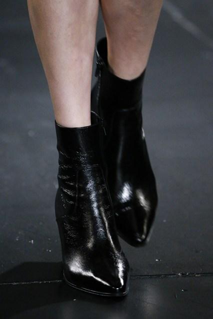 Comprar botines negros - Saint Laurent - pamela-victoria.com