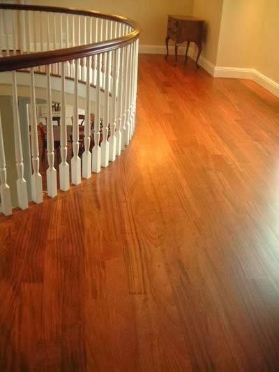 Lantai kayu, hangat dan nampak alami