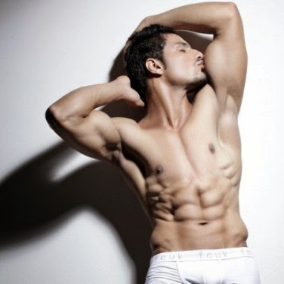Vin Rana Sixpack Body Shirtless