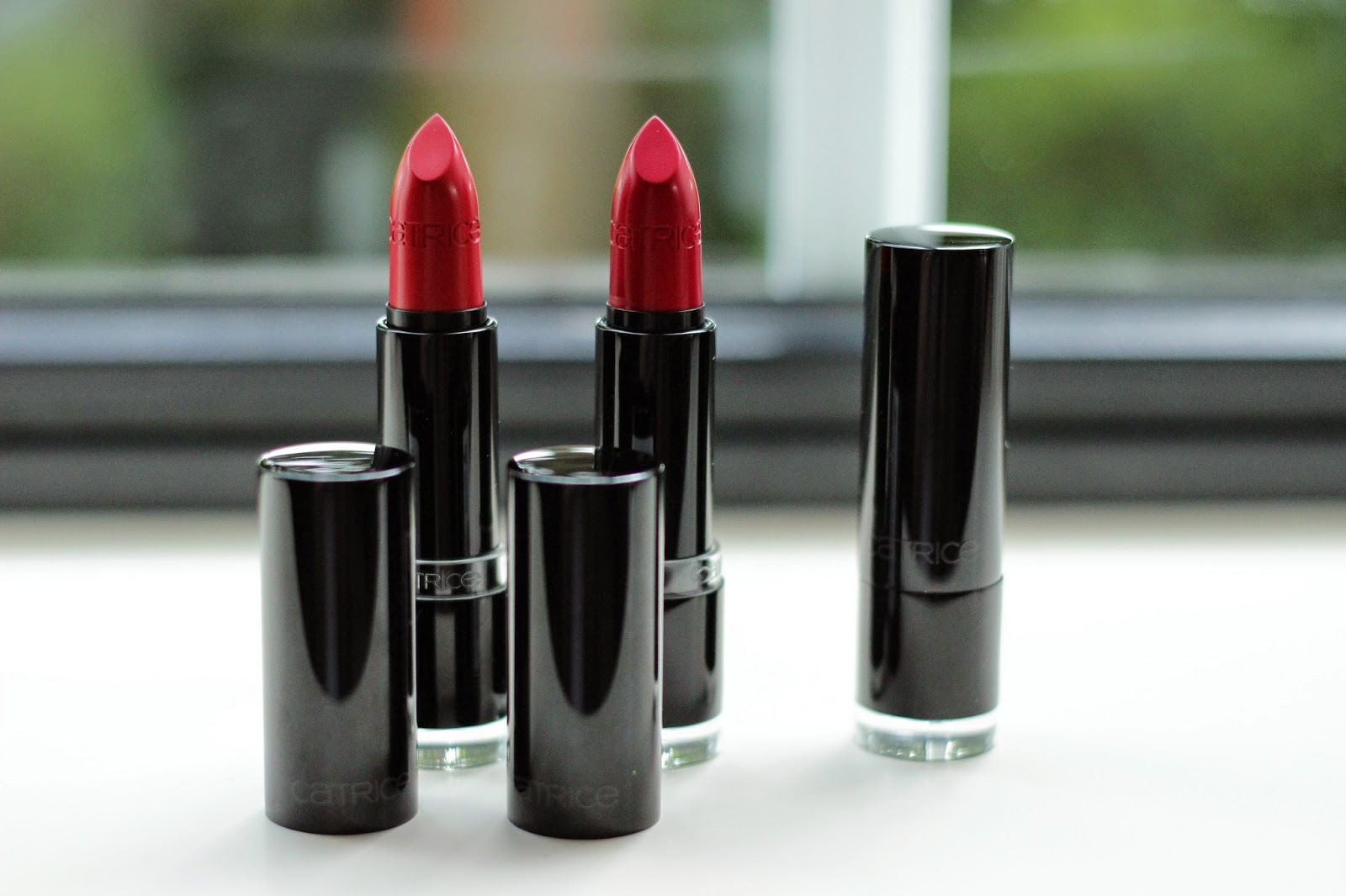 catrice ultimate colour lipstick MATTraction swatches review