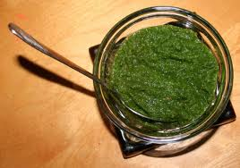 A picture of mint chutney