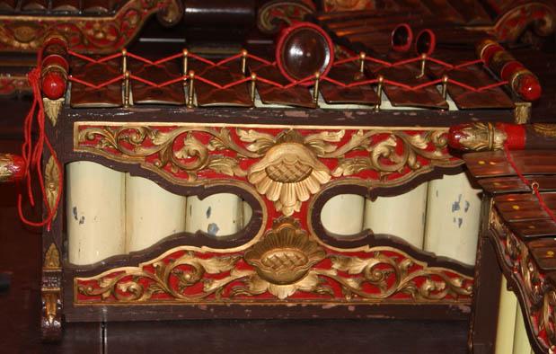 alat musik tradisional Jawa Tengah