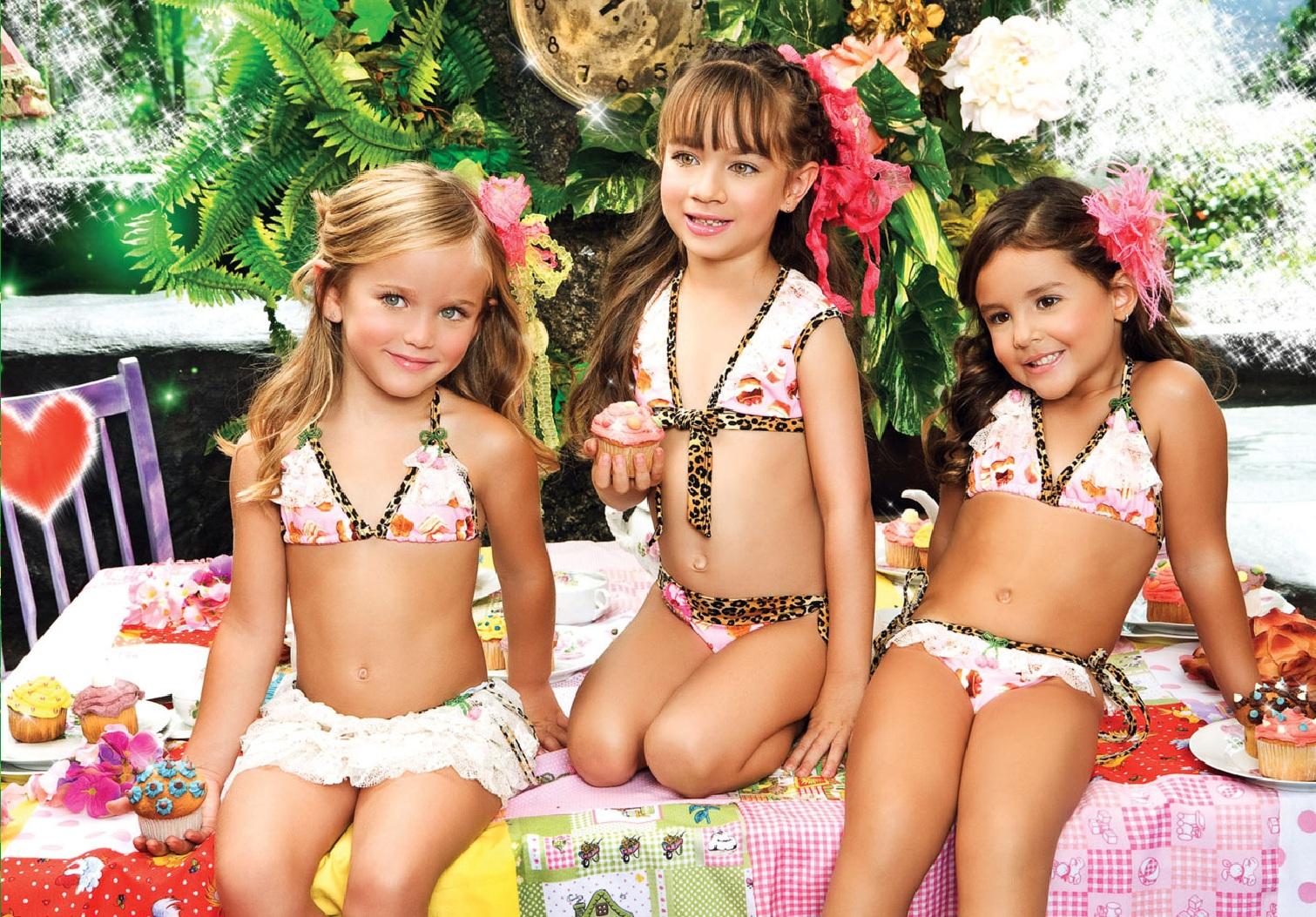 Смотреть фото бесплатно маленькие голые девочки 5 фотография
