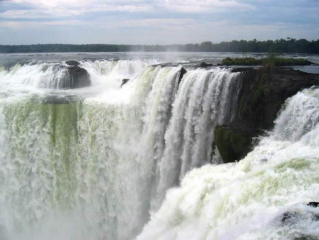 Athirapalli Waterfalls