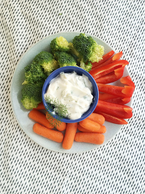 so easy! 4 ingredient dill dip- great for summer picnics!