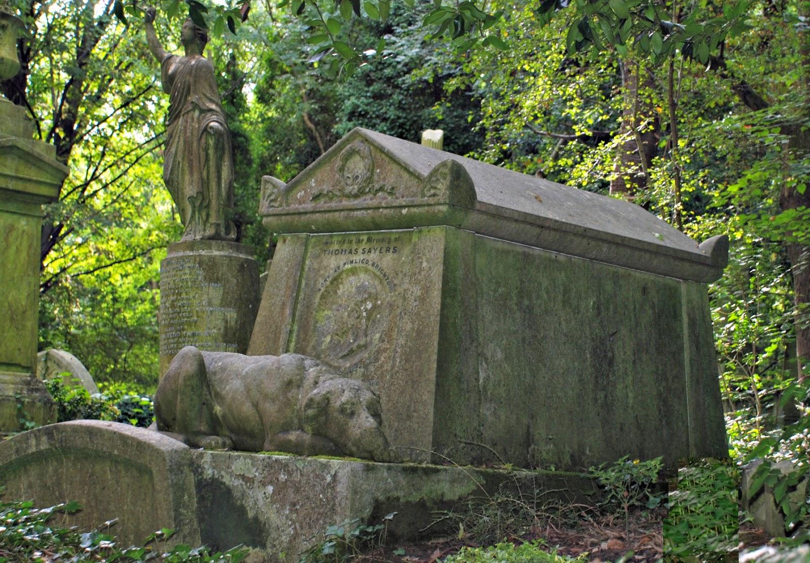 Thomas Sayers' memorial, Highgate Cemetery, London