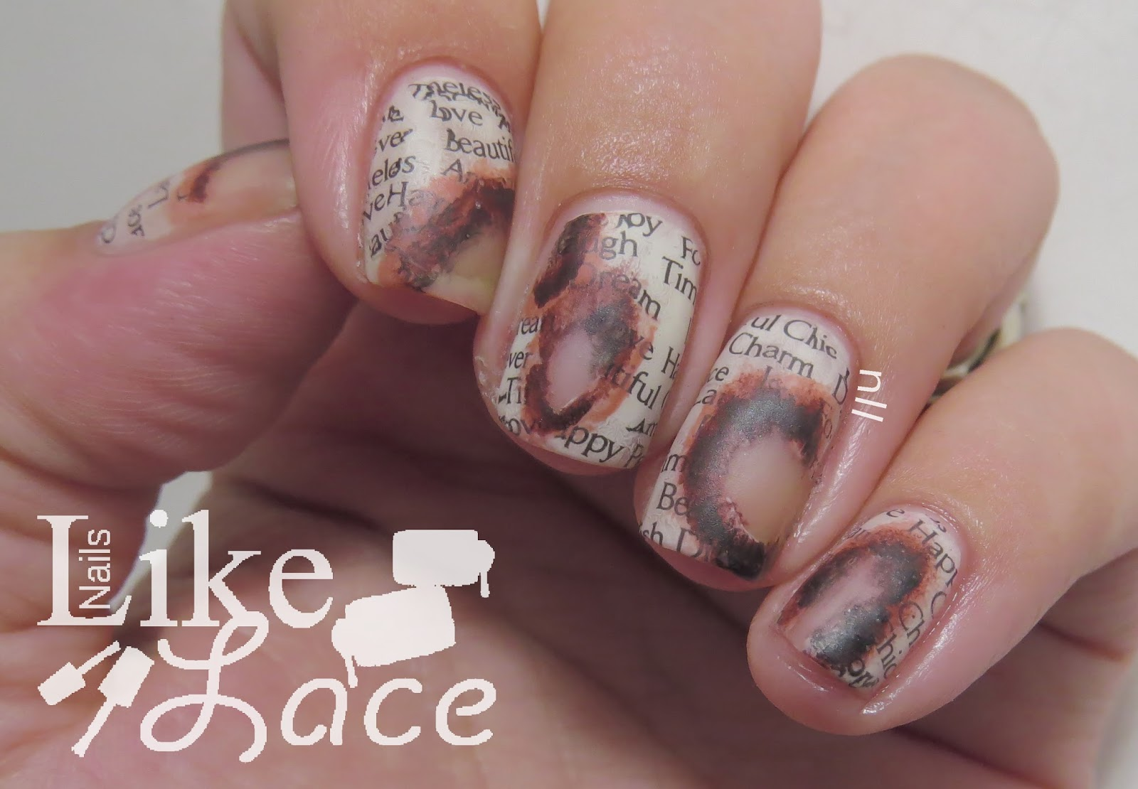 NailsLikeLace: Burnt Newspaper Nails