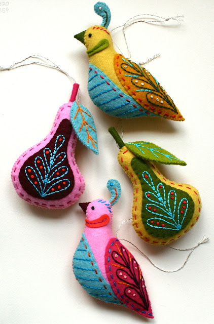 Bird and pear ornaments by MmmCrafts // Benzie