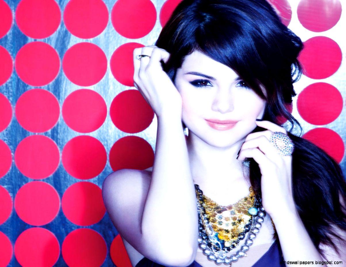 Selena Gomez 72 Wallpaper DESKTOP BACKGROUNDS  Best Wallpapers HQ