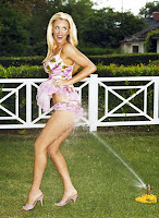 Leggy celeb Jenny McCarthy posing outdoors