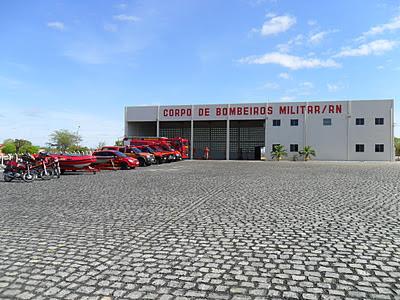 http://3.bp.blogspot.com/-e626KJ5mC7k/Tv8M6xkXMYI/AAAAAAAAA30/mbyiKKF_glw/s400/bombeiros%2Bnovo.JPG