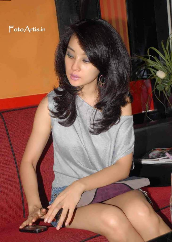Foto Hot | Gadis Cantik | Dunia unik |Foto artis Asia | dunia Model ...