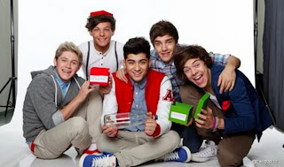 One Direction Funny Group Pictures ♥One Direction Pictu...