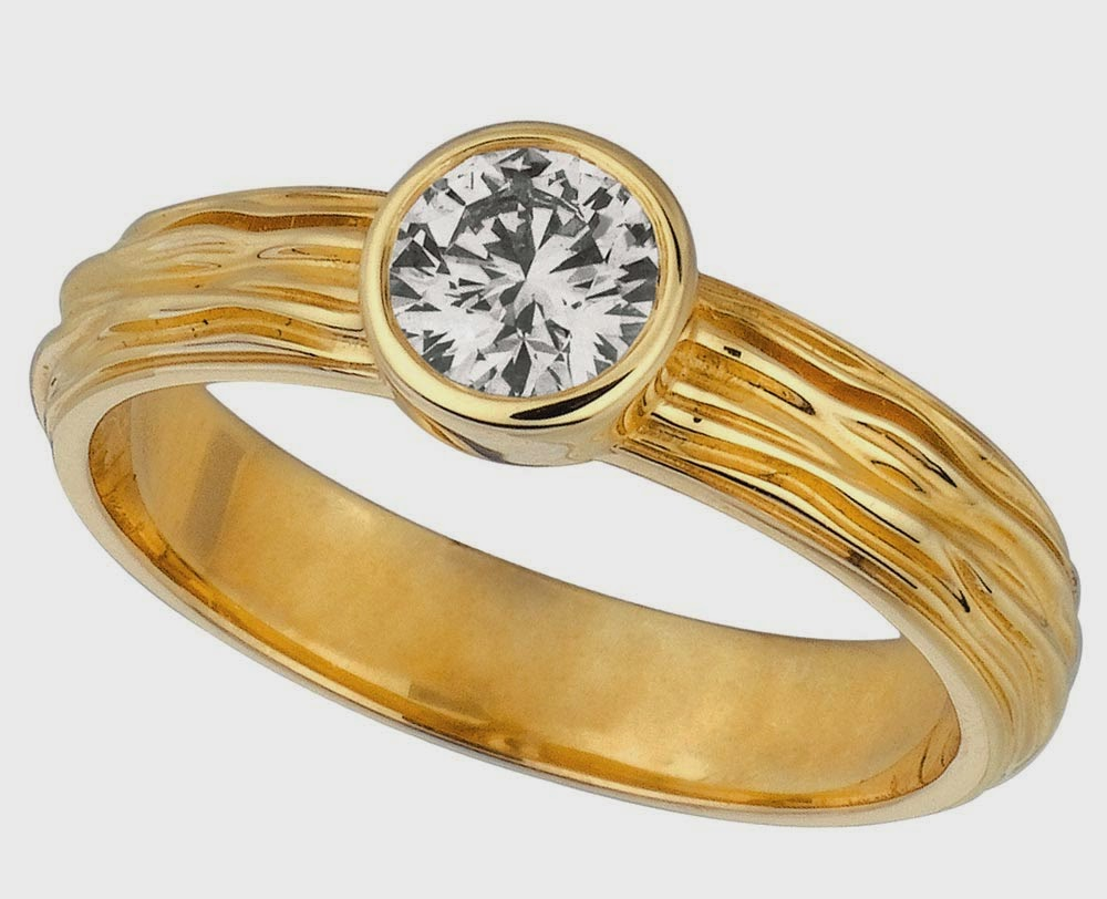 Unique Shaped Yellow Gold Wedding Rings with White Diamond pictures hd