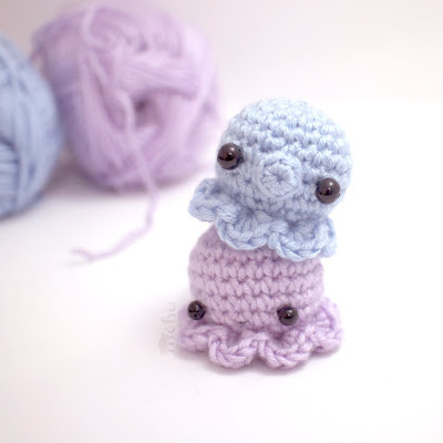 http://blog.mohumohu.com/post/117524437877/amigurumi-octopus-pattern