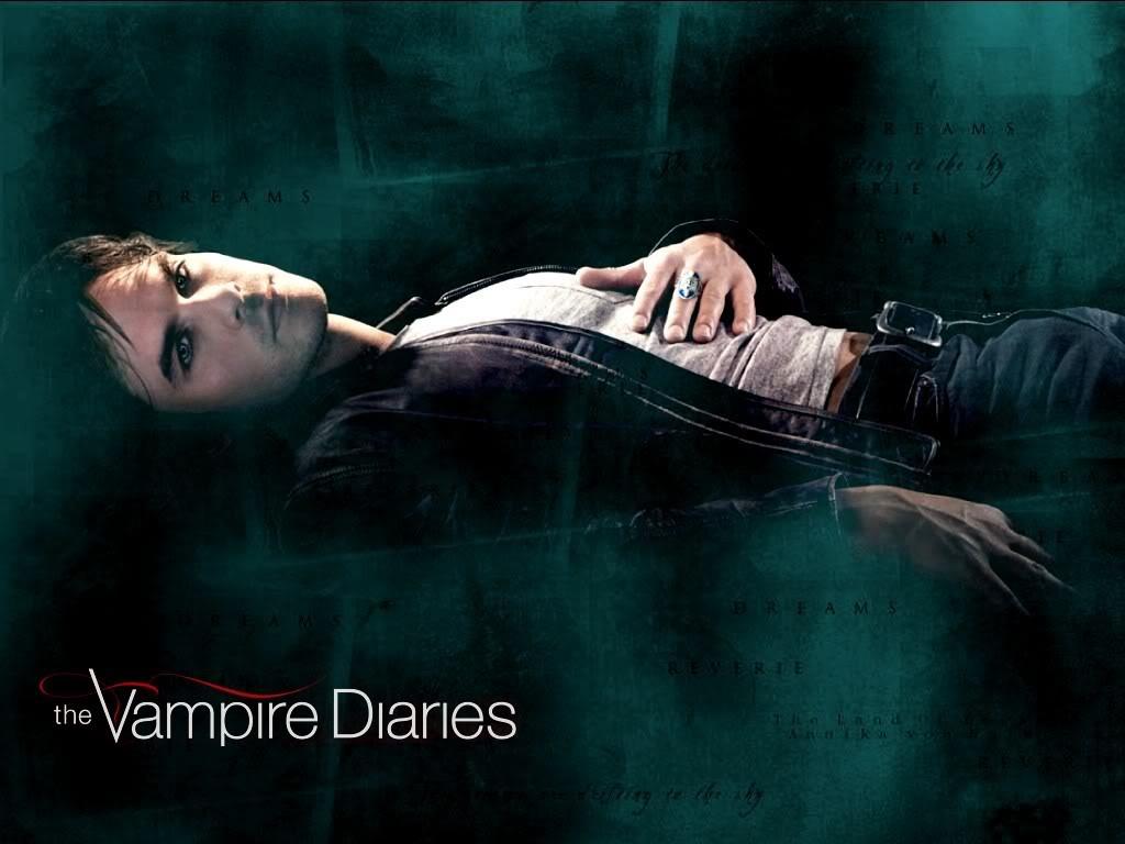 http://3.bp.blogspot.com/-e6lG3UQbOVE/TbtNwWpjGkI/AAAAAAAABIo/UHXqpl5puRI/s1600/the-vampire-diaries--damon-salvatore_6155_1024x768.jpg