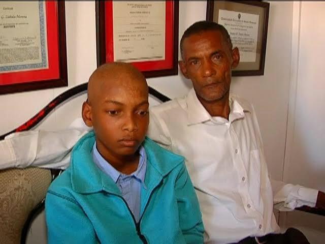 Padre pide ayuda para un hijo con cáncer en San Juan