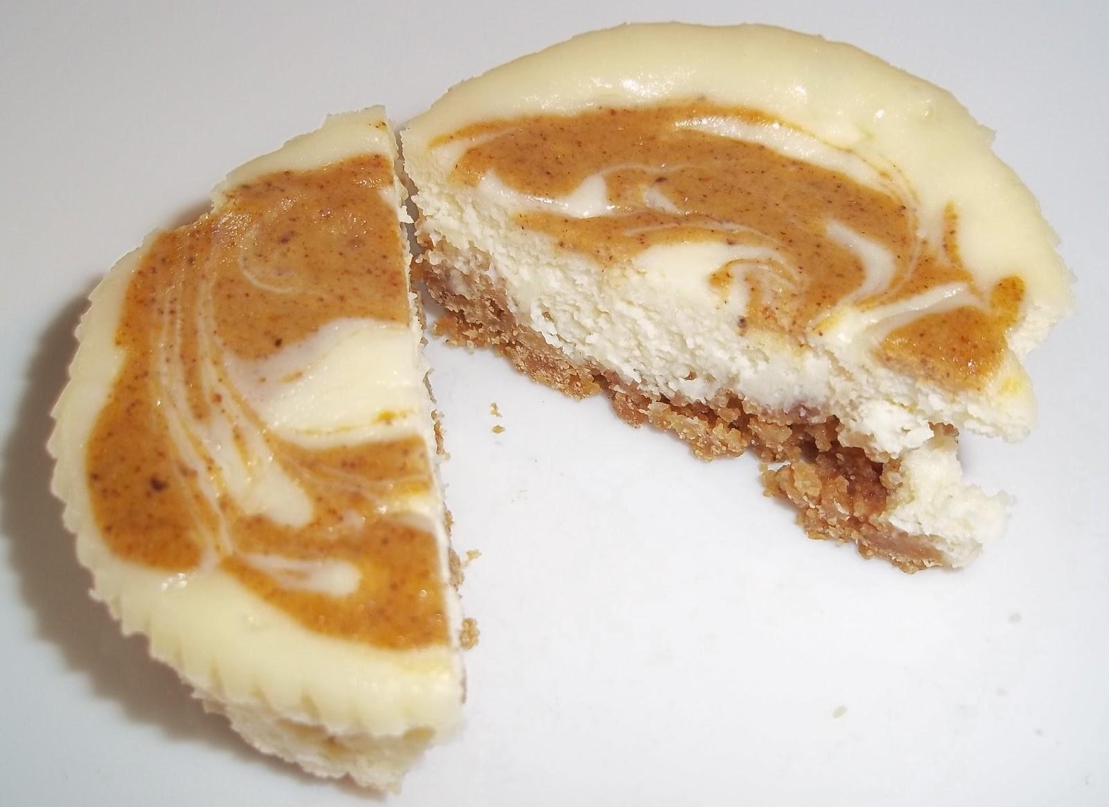 The Daily Smash: Mini Pumpkin Swirl Cheesecakes